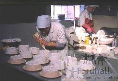 Making cream cheese gateau
